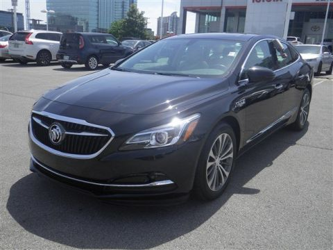 Pre-Owned 2017 Buick LaCrosse Essence