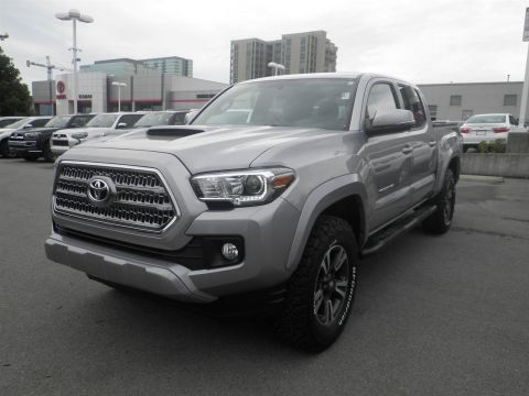 Pre-Owned 2017 Toyota Tacoma 4WD TRD SP