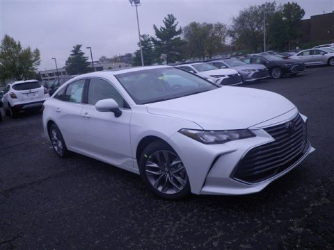 New 2020 Toyota Avalon XLE FWD 4dr Car