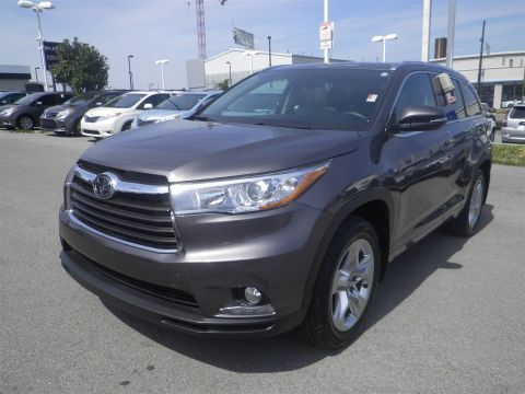Certified Pre-Owned 2016 Toyota Highlander 4WD LTD