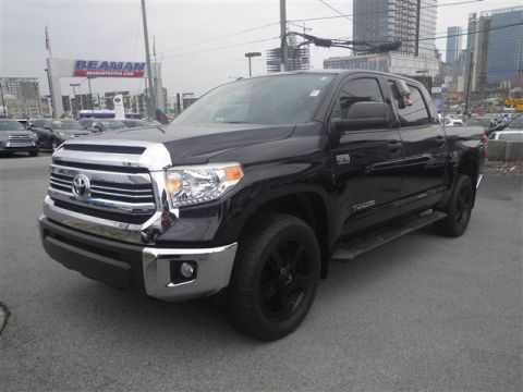 Certified Pre-Owned 2017 Toyota Tundra 4WD 4X4 4WD Crew Cab Pickup