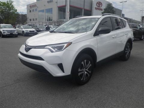 Certified Pre-Owned 2018 Toyota RAV4 LE FWD Sport Utility